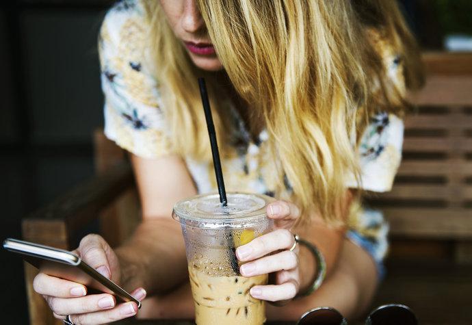 Dá se z Instagramu odhadnout, jestli máte depresi? Podle studie ano!