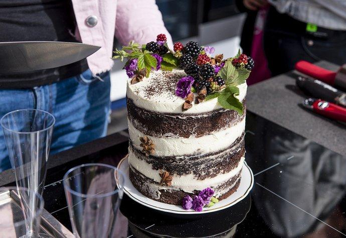 Recept na narozeninový dort najdete v novém čísle časopisu F.O.O.D.