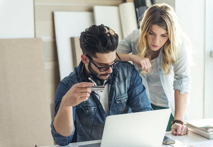 Hádky partnerů o peníze jsou horší než spory kvůli sexu či dětem