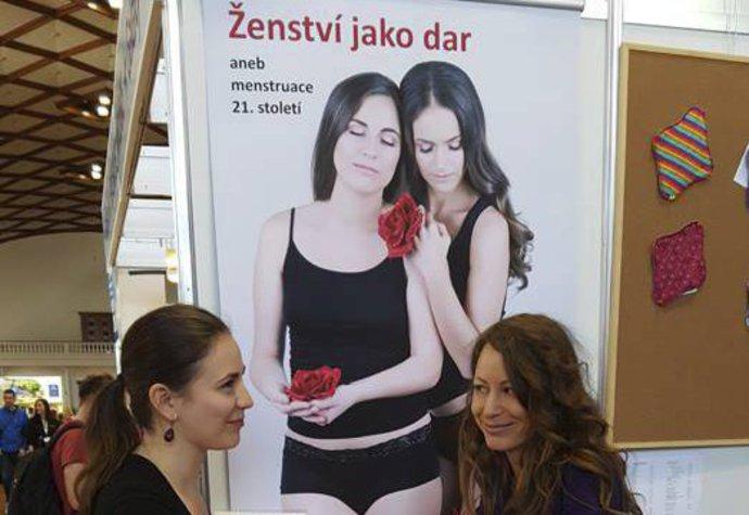 Menstruace a muži. Ilona Bittnerová díky kalíšku zná jejich názor ... a2d21d1556b