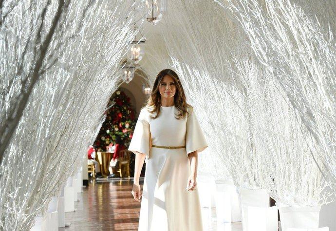 Melania Trump představila vánoční výzdobu v Bílém domě