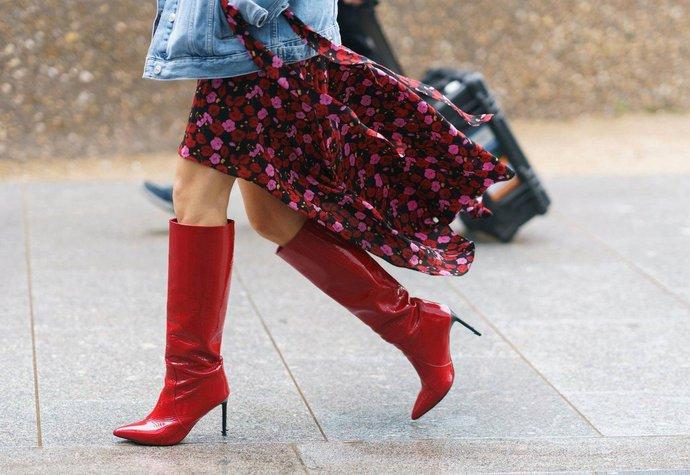 Červené boty  Nejvyšší čas si přece jen (alespoň) jedny pořídit ... f3d0ceef54