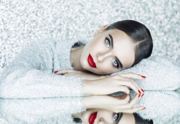Kosmetické produkty, bez kterých se v prosinci neobejdete!