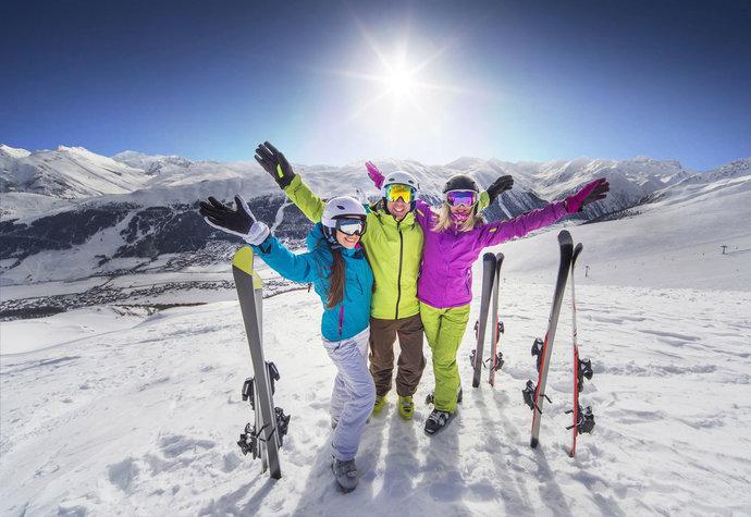 Kam vyrazit na hory: Na lyže, běžky, do wellness i za zábavou!
