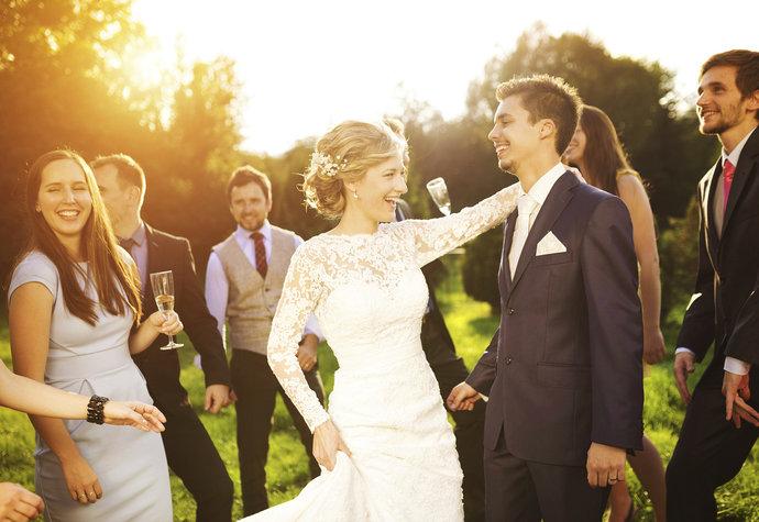 Svatebni Hry A Tradice Pro Zabavny Svatebni Den Zeny Cz