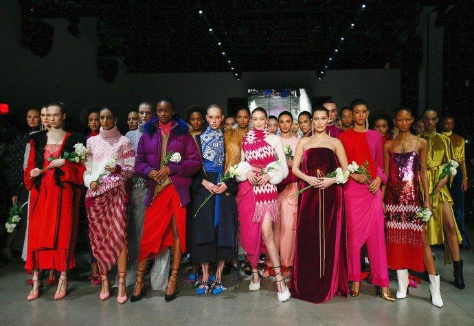 Trendy z New Yorku: Budeme letos na podzim nosit totéž co loni?