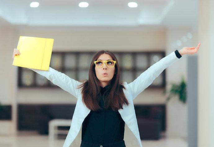 Nová práce? Tipy, jak zvládnout nástup a získat si své kolegy