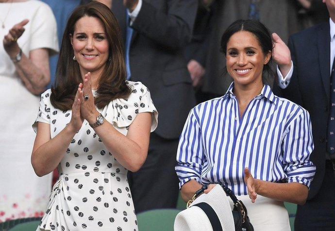 Vévodkyně Kate a vévodkyně Meghan si o víkendu společně zašly na finále Wimbledonu
