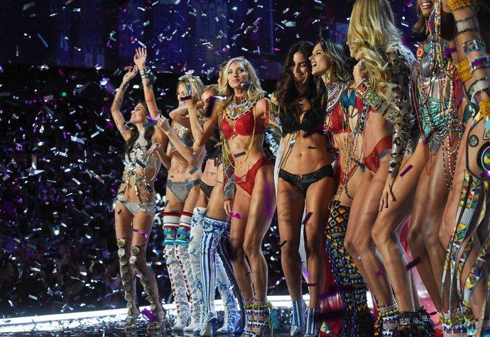 Loňská velkolepá show Victoria's Secret