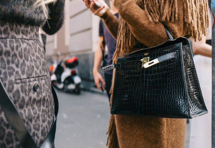 0dc7f2003b Návrat k eleganci  Kde právě teď koupíte stylovou kabelku s ...