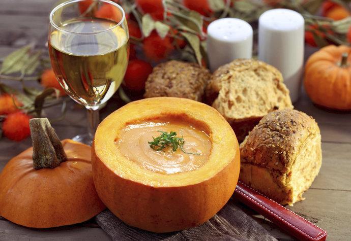 Dýňová sezóna: Zahřejte se zdravou polévkou se semínky!