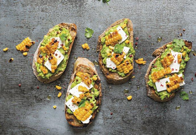 Chlebíčky trochu jinak: Zkuste je s avokádem, dýní nebo hruškami!