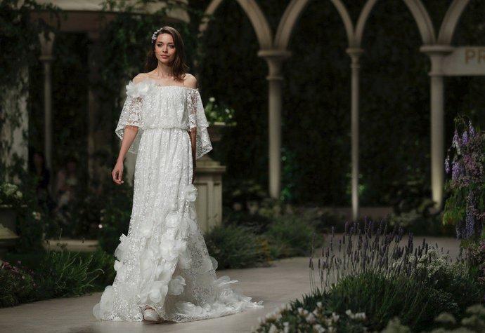 df15835f6755 Svatební šaty 2019  4 zásadní trendy pro tento rok!