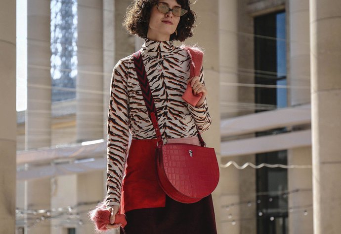 0dd29834c31 Módní influencerka Chloe Chill na fashion weeku v Paříži