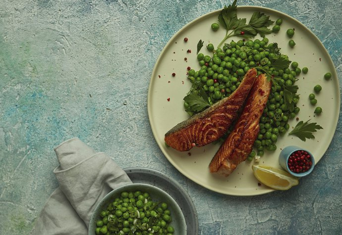 Zdravá a rychlá večeře: Vyzkoušejte lososa s hráškem!