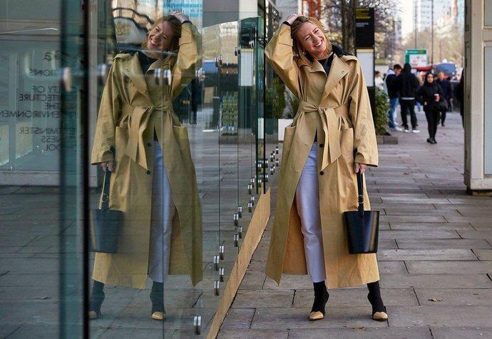 Módní influencerka Lisa Aiken na fashion weeku v Londýně