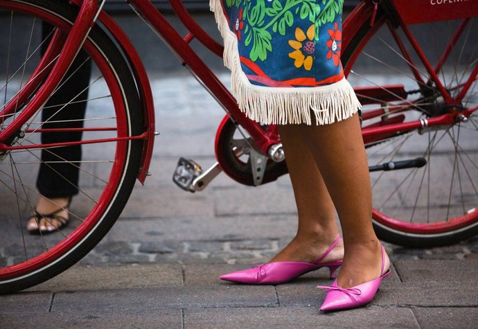 Trendy boty na léto  Páskové sandálky a pastelové pantoflíčky!  ca570c9f53