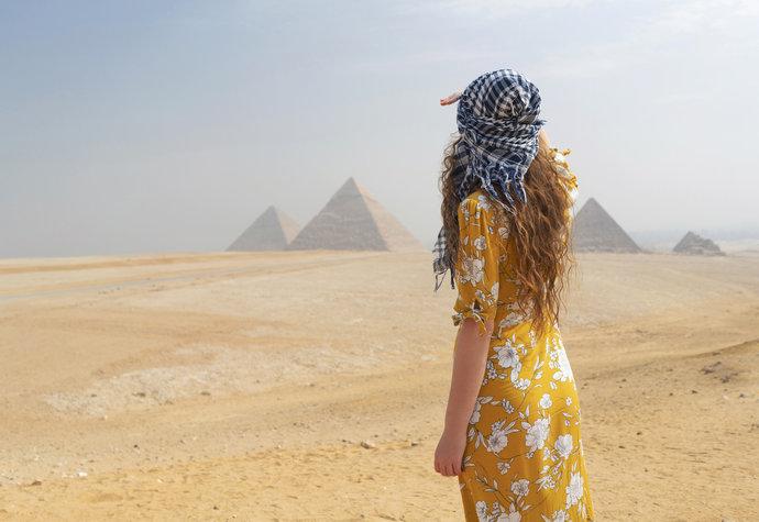 egyptské dámy chris martin datování annabel