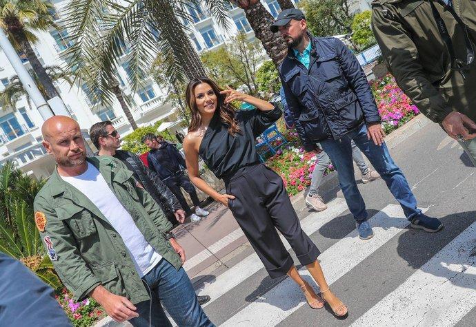 Eva Longoria v Cannes