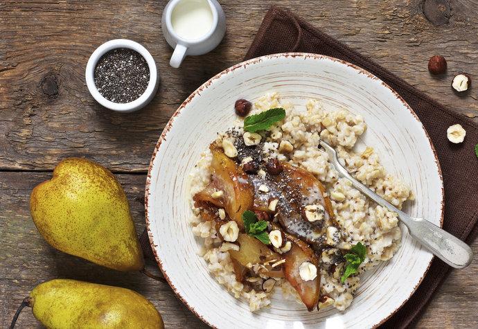 Pět zdravých snídaní: V zimě zahřejí, zaženou hlad i chuť na sladké