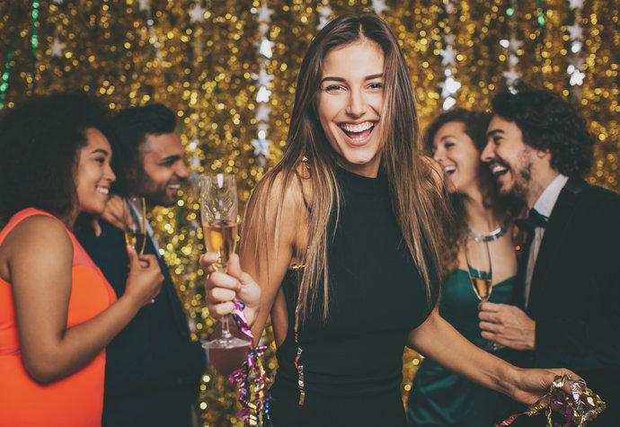7 tipů, jak pít, slavit a probudit se do nového roku svěží