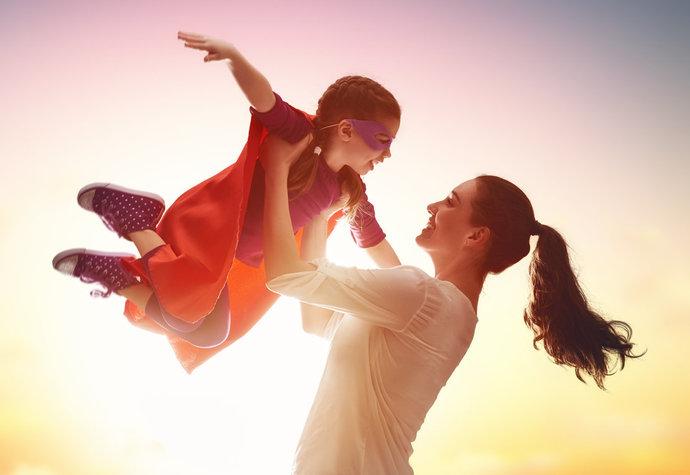 """3 důvody, proč z dcery nechci mít """"hodnou holku"""""""