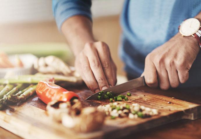 Paleo dieta: Pomůže zhubnout a na co si dát pozor?