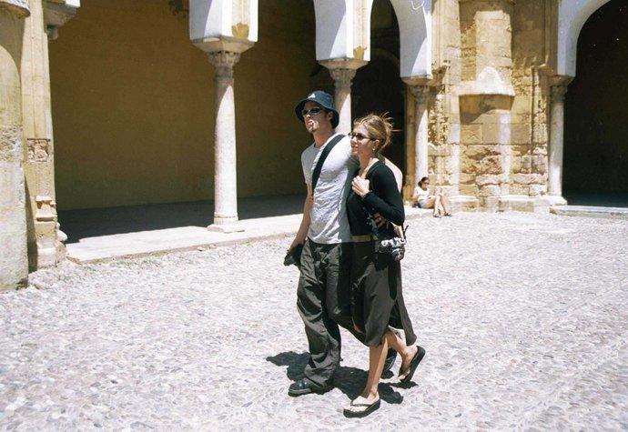 Jennifer Aniston s Bradem Pittem v roce 1999