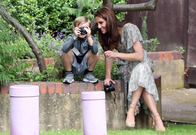 Vévodkyně Kate na workshopu fotografování