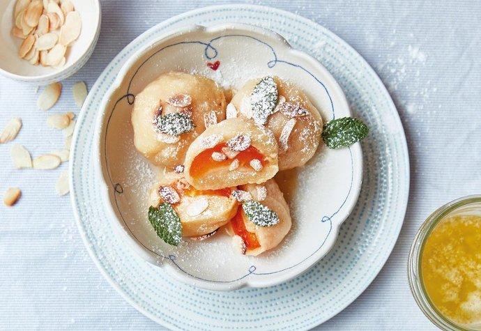 Dokonalé meruňkové knedlíky, po kterých se doma jen zapráší!