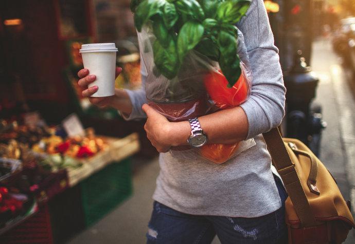 Potraviny, které vám pomohou udržet hormony na uzdě a zhubnout
