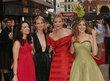 Cynthia Nixon se svými hereckými kolegyněmi Sarah Jessicou Parker, Kim Cattrall a Kristinou Davis.