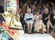 Královna Alžběta II. na Týdnu módy.