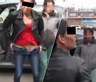 Vaše doklady, prosím! Řidička místo nich ukázala policistům své přirození!