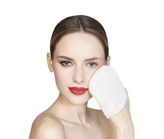 Blogerky potvrzují: odličovací rukavice funguje!