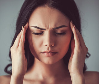 Unikátní video: Jak doopravdy vidí lidé při záchvatech migrény?