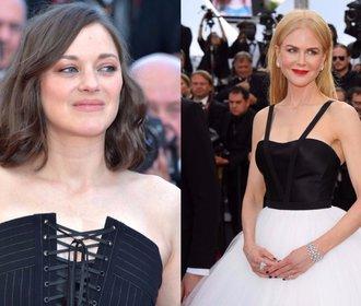 Francouzky versus Hollywood: Komu to víc sluší na červeném koberci?
