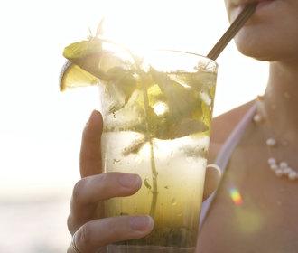 Alkohol podle horoskopu: Jaký drink se nejlépe hodí k vašemu znamení?