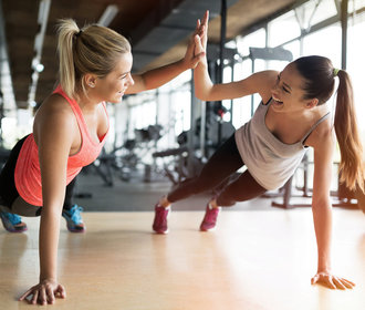 Jak se donutit pravidelně cvičit? Zkuste tyto triky!