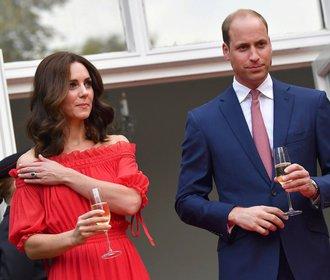 Kate Middleton oblékla jedny z nejkrásnějších šatů v životě. Souhlasíte?
