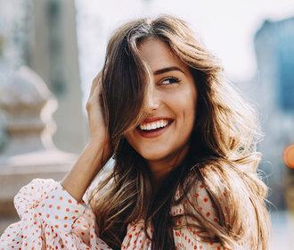 Suché vlasy? Máme deset tipů, aby zas byly lesklé, bohaté a zdravé