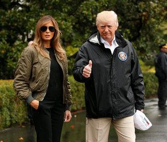 Faux-pas Melanie Trump: Do zaplavených oblastí USA vyrazila na jehlách