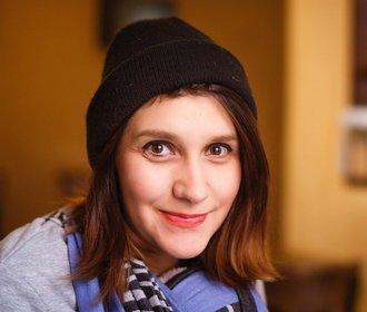 Rovnost pohlaví v Česku existuje jen na papíře, říká dokumentaristka Apolena Rychlíková