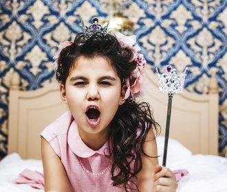 Kamarádky dítě se chová jako spratek. Jak to ustát?