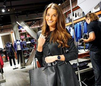 Nikol Švantnerová na nákupech v Hugo Boss a Beltissimo: Které kousky si vybrala?