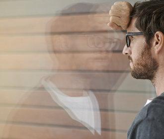 Vážné onemocnění a práce: Kdy vás může zaměstnavatel vyhodit?