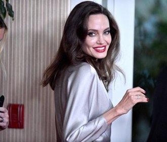 Víkendový red carpet: Do společnosti vyrazili i Brad a Angelina