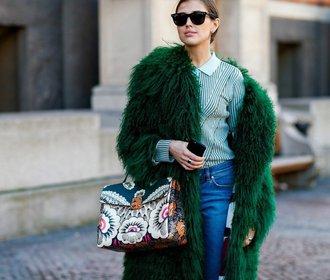 Jak nosit kožich? Umělý a barevný jako Skandinávky!