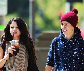 Selena & Justin i další slavné páry, které se stále rozcházejí a zase scházejí!