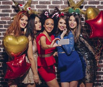 30 nejkrásnějších šatů na vánoční i silvestrovský večírek!